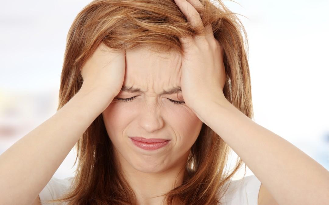 Dor de cabeça e automedicação: Você pode piorar a dor